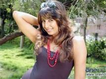 https://kannada.filmibeat.com/img/2011/07/07-sanjjana-2.jpg
