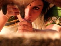 http://kannada.filmibeat.com/img/2011/09/22-swetha-menon.jpg.jpg