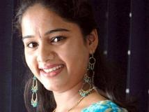 https://kannada.filmibeat.com/img/2011/11/23-duniya-rashmi.jpg.jpg