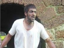 http://kannada.filmibeat.com/img/2012/01/30-arakshaka.jpg