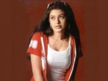 https://kannada.filmibeat.com/img/2012/03/18-18-chaya-singh.jpg.jpg