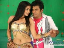 https://kannada.filmibeat.com/img/2013/01/04-lakshmi1.jpg