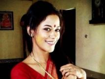 https://kannada.filmibeat.com/img/2013/01/15-mumaith-khan.jpg