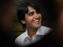 http://kannada.filmibeat.com/img/2013/06/25-ashok-sharma11.jpg