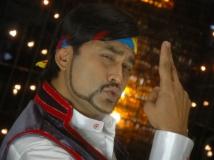 http://kannada.filmibeat.com/img/2013/08/23-victory14.jpg