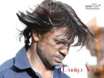 https://kannada.filmibeat.com/img/2013/12/07-duniya-vijay.jpg