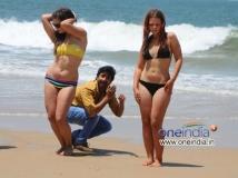 http://kannada.filmibeat.com/img/2013/12/16-goa.jpg