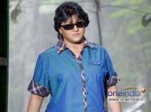 http://kannada.filmibeat.com/img/2013/12/19-gharshane1.jpg