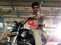 http://kannada.filmibeat.com/img/2015/04/07-1428392882-vinod-prabhar3.jpg