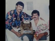 http://kannada.filmibeat.com/img/2015/04/08-1428480699-display-prabhakar.jpg