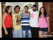 https://kannada.filmibeat.com/img/2016/01/09-1452336714-tharlenanmaklu.jpg