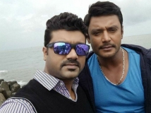 http://kannada.filmibeat.com/img/2016/02/15-1455533854-display-darshan-srujan-lokesh.jpg