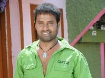 http://kannada.filmibeat.com/img/2018/05/2pnsathya-1525593880.jpg