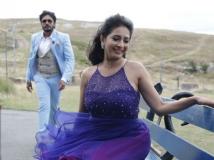 http://kannada.filmibeat.com/img/2019/04/3-manvitha-1555656081.jpg