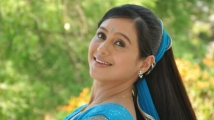 http://kannada.filmibeat.com/img/2020/10/dpdevayani-135721237324-1603259068.jpg