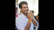 https://kannada.filmibeat.com/img/2020/10/nikhilkumaraswamy-5-1603472582.jpg