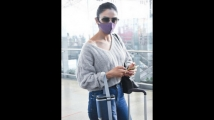 https://kannada.filmibeat.com/img/2020/12/dprakul-preet-singh-airport-spotted-4-1609306046.jpg