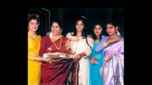 https://kannada.filmibeat.com/img/2021/01/malashriandshruthi-1611281586.jpg