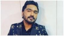 https://kannada.filmibeat.com/img/2021/04/arjun-janya-1617945239.jpg
