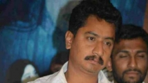 https://kannada.filmibeat.com/img/2021/06/vijay-1623679603.jpg