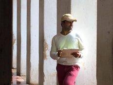ನನ್ನ ಮೊದಲ ಸಿನಿಮಾ : ಬೀದಿ ಬೀದಿ ಸುತ್ತಿ ಸಿನಿಮಾ ಮಾಡಿದ್ದರು ಮಂಜು ಸ್ವರಾಜ್
