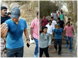 Actor Puneeth Rajkumar Hiked Chamundi Hills For God Darshan