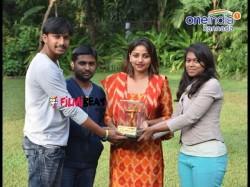 Filmibeat Kannada Felicitates Best Actress 2016 Rachita Ram