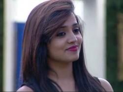 Sanjana Takes Part In Super Talk Time