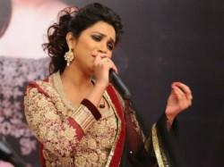 Krishna Nee Begane Baro Is 1st Kannada Song Of Shreya Ghoshal