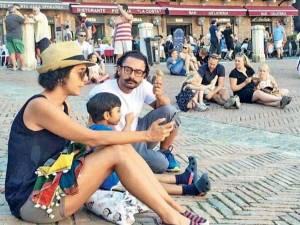 ಚಿತ್ರಗಳು: ರೋಮ್ನಲ್ಲಿ ಕುಟುಂಬದೊಂದಿಗೆ ರಿಲ್ಯಾಕ್ಸ್ ಆದ ಅಮೀರ್ ಖಾನ್